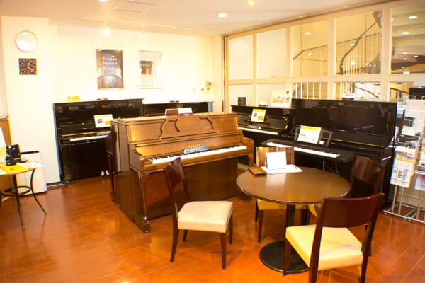 1Fピアノ|西宮北口オーパス店|ピアノ販売・調律・買取